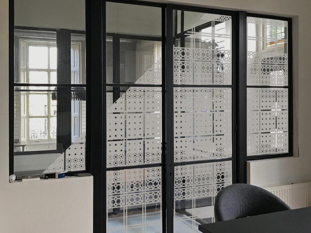 Fotomontage ontwerp voor raamfolie patroon
